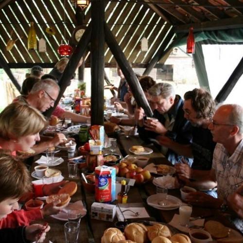 De boerenlunch - lekker tijdens bedrijfsuitje in Drenthe.